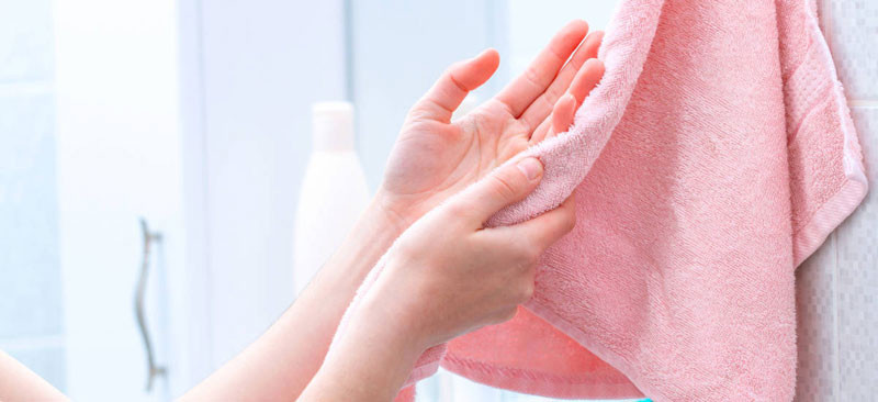 Wipe off the Gorilla Glue with a Clean Dry Towel
